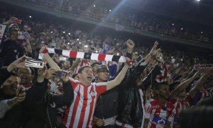 Clubes de fútbol acuerdan regreso a las canchas