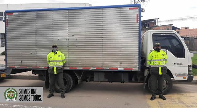 En Soacha recuperan camión robado en el sur de Bogotá