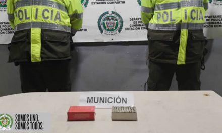 Policía encuentra munición en una chatarrería  de Soacha