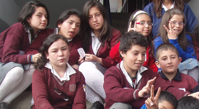 En Bogotá ya son 42 colegios oficiales los que regresaron a clases presenciales