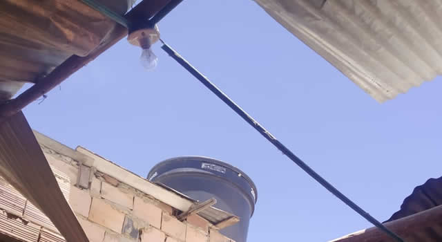 Vendaval en Soacha deja sin techo a cuatro viviendas