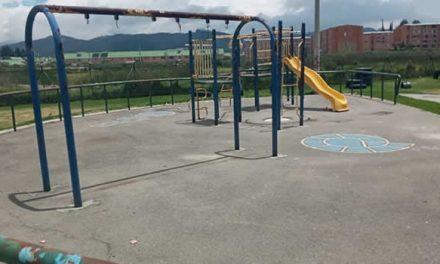 En pésimas condiciones están los parques de la comuna uno de Soacha