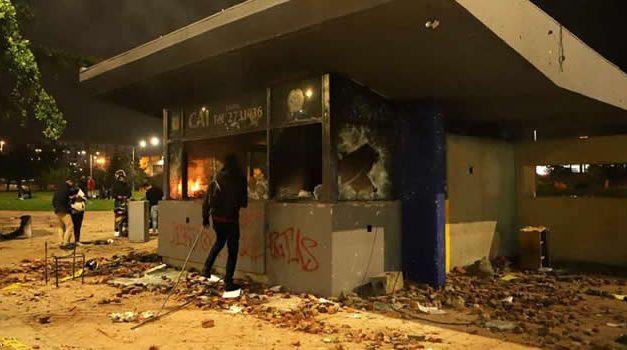Contraloría dice que reparar CAI vandalizados en Bogotá cuesta más de $1.300 millones