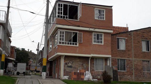 Polémica en un sector de Soacha por modificación de casas bifamiliares