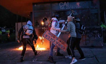 Protestas en Bogotá dejan 331 civiles y 250 policías heridos