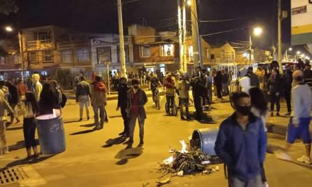 Noche de protestas y enfrentamientos en Soacha