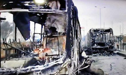 Soacha amanece sin servicio de Transmilenio, 9 buses del sistema fueron incinerados