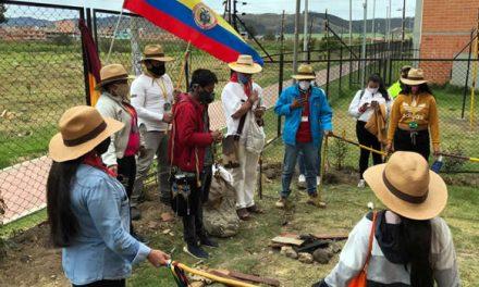 Con siembra de árboles se simboliza nuevo comienzo de las víctimas en Soacha