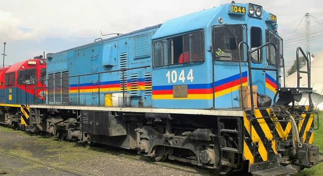 Dos heridos al ser atropellados por tren en el norte de Bogotá