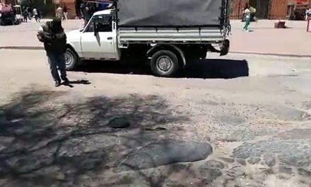 Accidentes, trancones y polución por el pésimo estado de la vía Indumil en Soacha