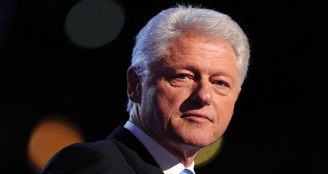 Bill Clinton hace un llamado internacional para invertir en Colombia