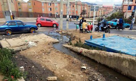 El juego de la CAR, la Alcaldía y la Gobernación con la comunidad de un sector de Soacha