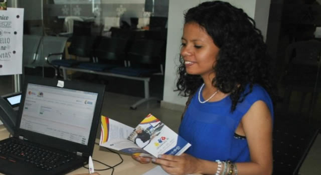 Distrito ofrece ofertas de empleo para mujeres
