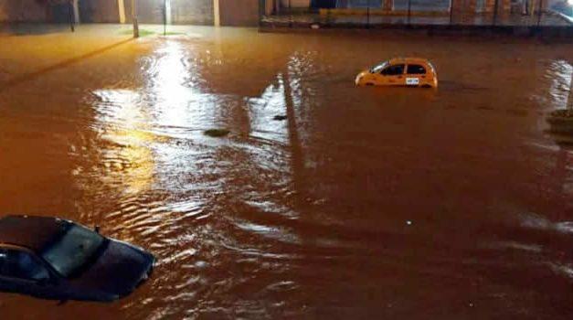 Noche de inundaciones en Soacha