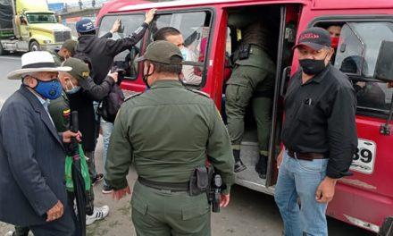 Operativos a vehículos de transporte público para contrarrestar la delincuencia en Soacha