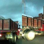 Otra volqueta 'pillada' transitando por la vía San Marón de Soacha