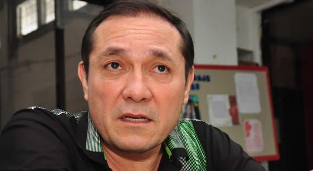 Senador Sanguino pide al gobierno derogar decreto sobre salario de congresistas