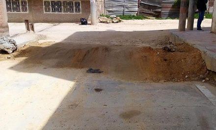 La calle que la Alcaldía de Soacha rompió, duró más de 6 años para pavimentarla y la dejó mal