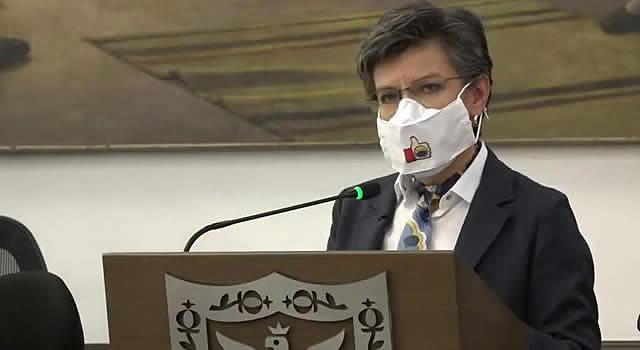 Claudia López propone más impuestos a los carros particulares de Bogotá
