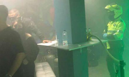 La imprudencia no tiene límites, encuentran 400 personas en fiestas clandestinas en Bogotá