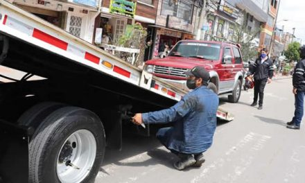 No deje su carro en la calle, las grúas rondan las vías de Soacha