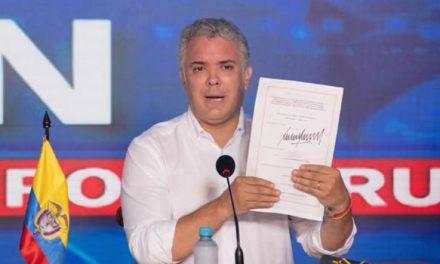 Con firma de Ley se ratifica gratuidad de la vacuna contra el coronavirus en Colombia