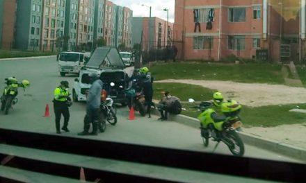Policía de tránsito 'hace de las suyas' con los soachunos en plena Navidad