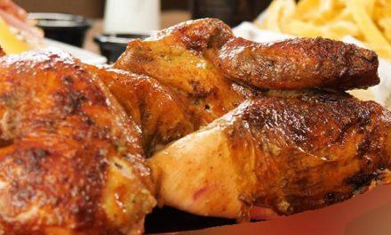 ¡Descarados¡ Iban por el celular y le robaron el pollo en una calle de Soacha