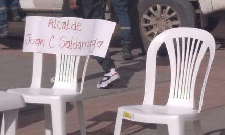Saldarriaga deja silla vacía en mesa que busca esclarecer quemados  y otras muertes en Soacha