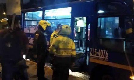 Pasajero mata a delincuente en medio de un robo a bus del SITP en Bogotá