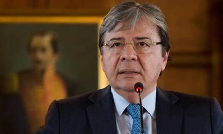Muere ministro de defensa Carlos Holmes Trujillo