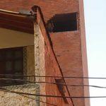 Fallece mujer tras caer en su vehículo del sexto piso de una clínica