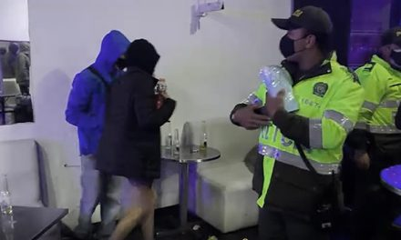 En Bogotá encuentran más de 50 personas en fiesta clandestina