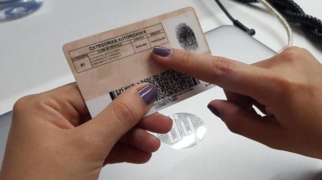 ¿Sabe cuándo se vence su licencia de conducción?