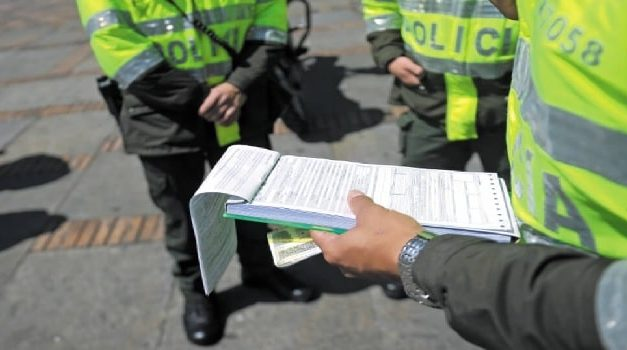 Fin de semana con 723 comparendos por violar medidas de aislamiento en Bogotá