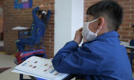 Crisis en colegios públicos de Bogotá por falta de personal para dictar clases