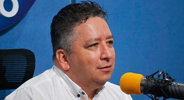 Fallece Herbin Hoyos, el periodista de las 'Voces del secuestro'