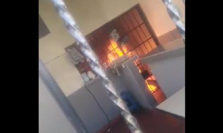 Piden cárcel para policías investigados por incendio del CAI San Mateo, Soacha