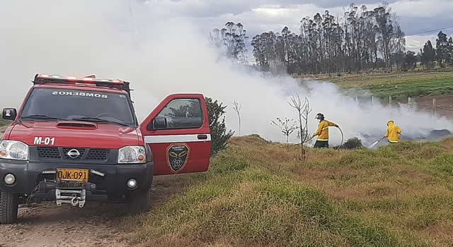 Incendio consume 2 hectáreas de vegetación nativa entre Soacha y Sibaté