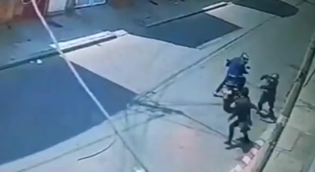 [VIDEO] La agilidad de los ladrones sorprende a la hora de atacar a sus víctimas