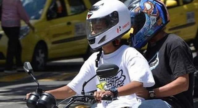 Motociclistas rechazan restricción de parrillero hombre en Soacha