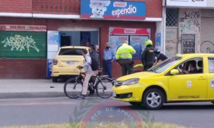 Taxista en aparente estado de embriaguez termina dentro de un local en Bogotá
