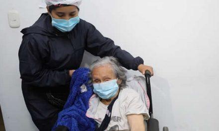 En Sibaté comenzó vacunación de adultos mayores en Cundinamarca