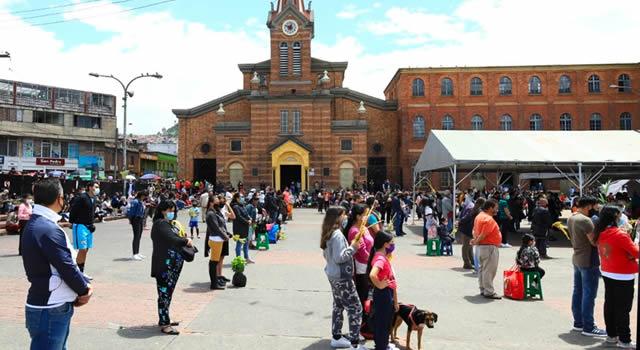 Por aglomeraciones, cierran iglesia del 20 de Julio durante Semana Santa