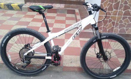 A ella la atracan y le roban la bici en Soacha, días después se llevan tres ciclas de su casa