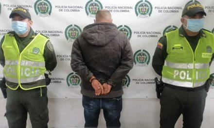 Hombre que apuñaló una perra fue capturado en Cundinamarca