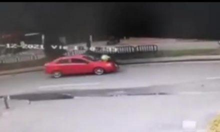 Conductor arrastró por varios metros a un policía de tránsito en Bogotá
