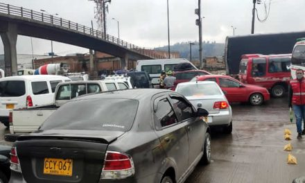 Conductores imprudentes no respetan a los Auxiliares Viales Estratégicos en Soacha