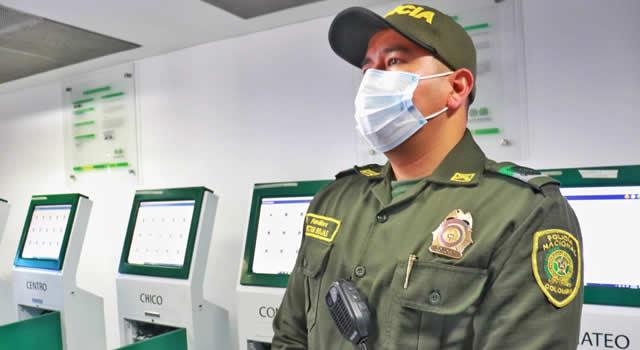 Policía de Soacha recibe 100 BodyCam o cámaras portátiles