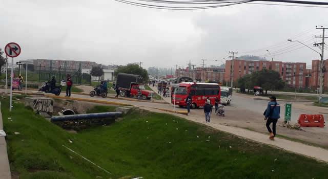 Malestar por alto tráfico en barrios aledaños a vía Indumil en Soacha